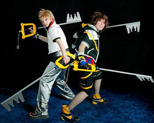 Sora and Roxas by cursed-sight