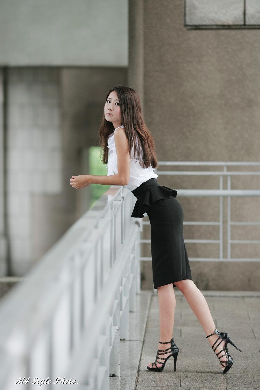 Black Pencil Skirt by ParkLeggyKorean on DeviantArt