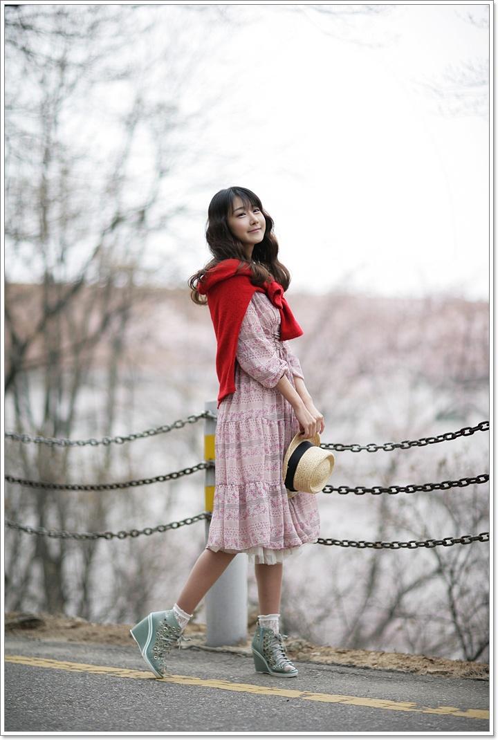 Pretty in Pink by ParkLeggyKorean