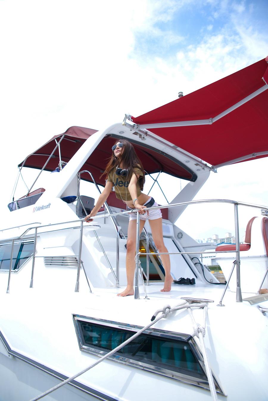 Nautical Girl by ParkLeggyKorean