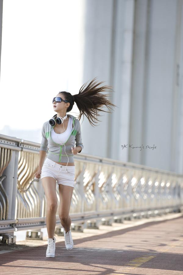Morning Jogger by ParkLeggyKorean