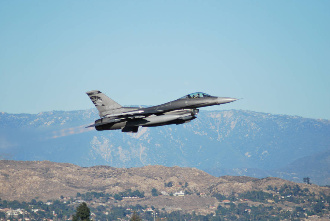 F-16 Takeoff by IFlySNA94 on DeviantArt
