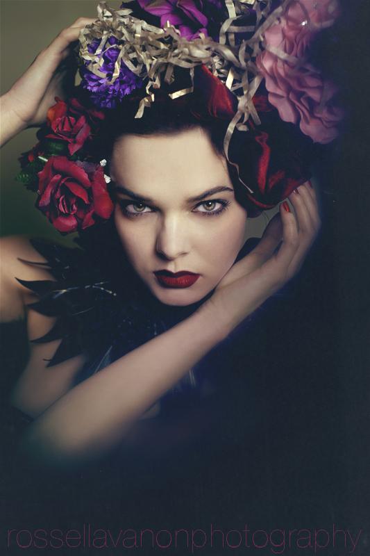 the flower keeper by Julietsound
