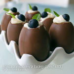 chocolate eggs with white chocolate mousse