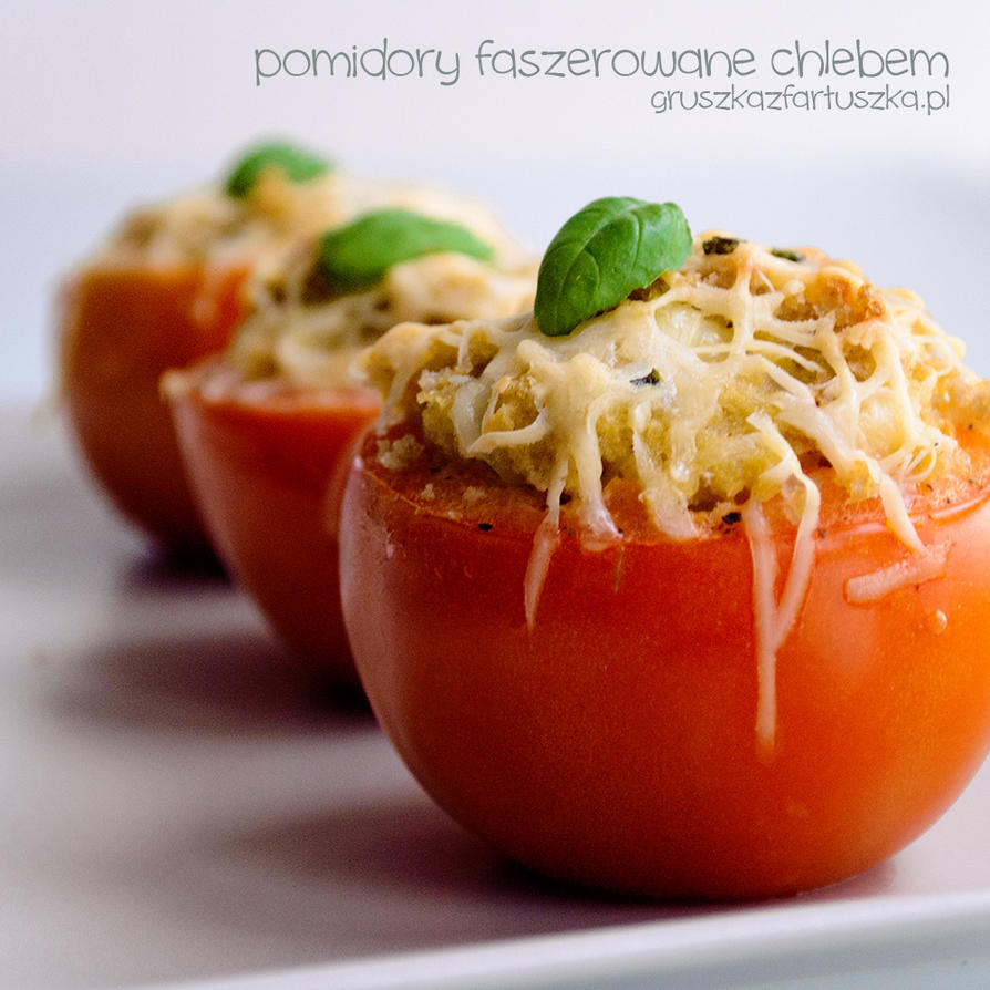 tomatoes stuffed with bread by Pokakulka