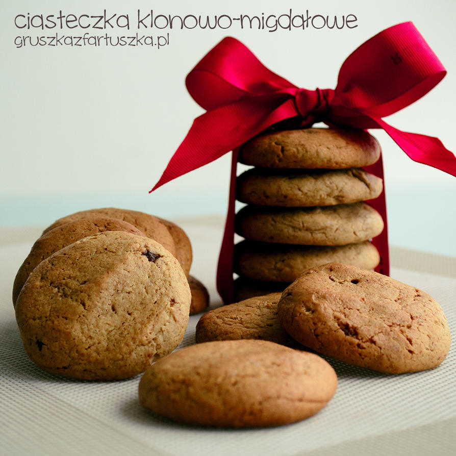 almond-maple syrup cookies by Pokakulka