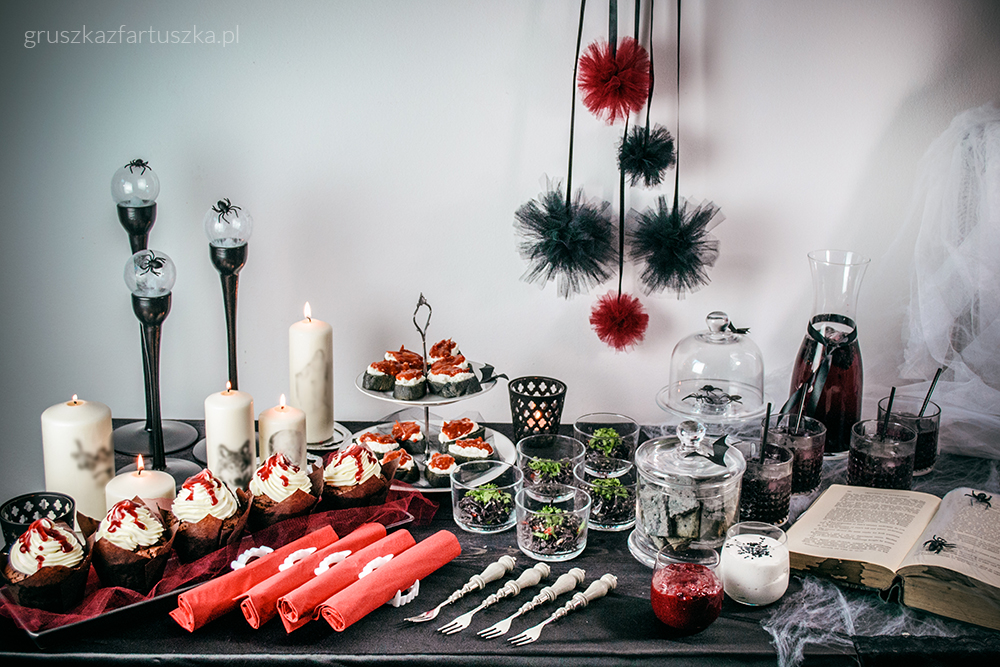 Halloween table decoration idea by Pokakulka