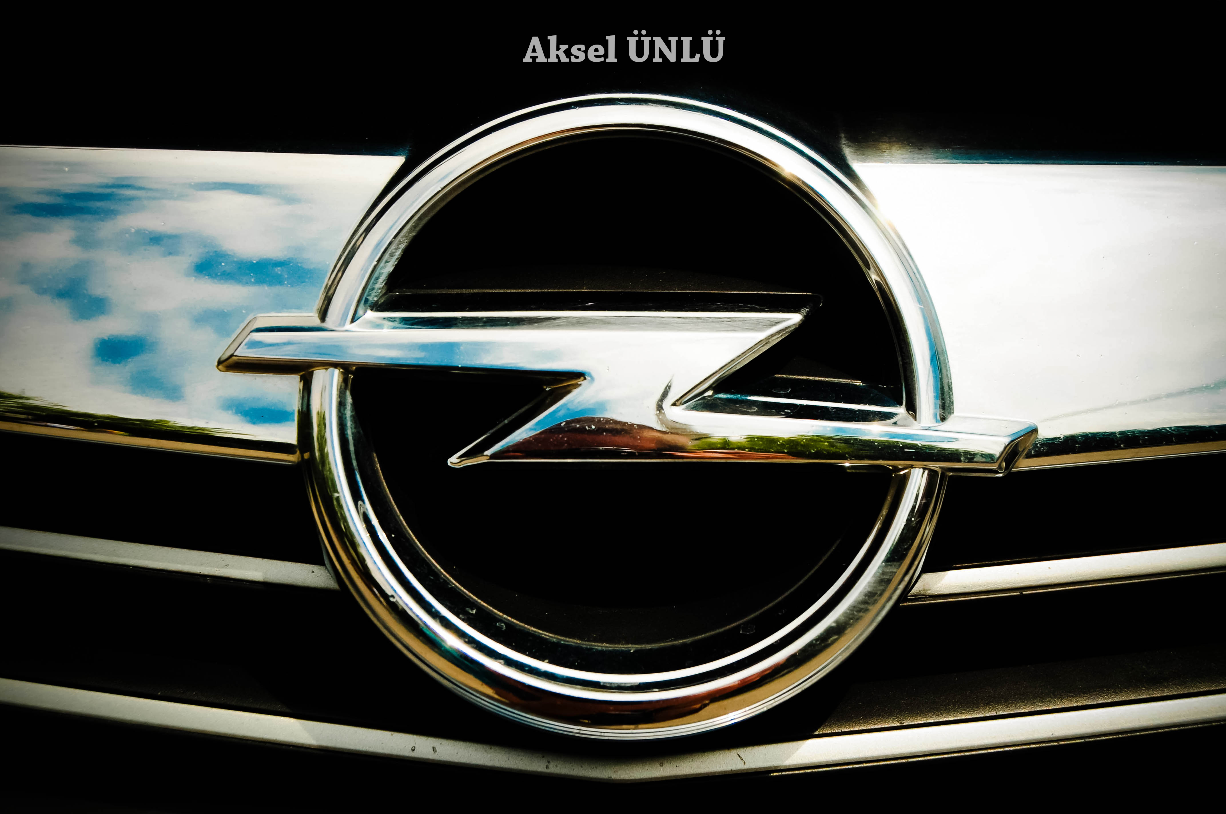 Opel Logo The gallery for -->...