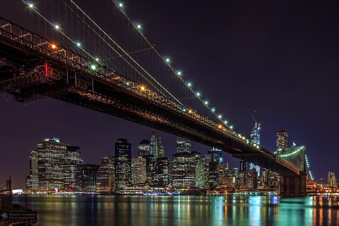 Brooklyn Bridge by Night by BrunoCHATARD