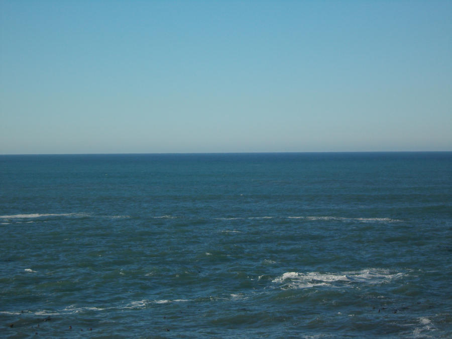 Ocean Horizon on A Calm sunny Day.(Horizon Middle) by ohallford