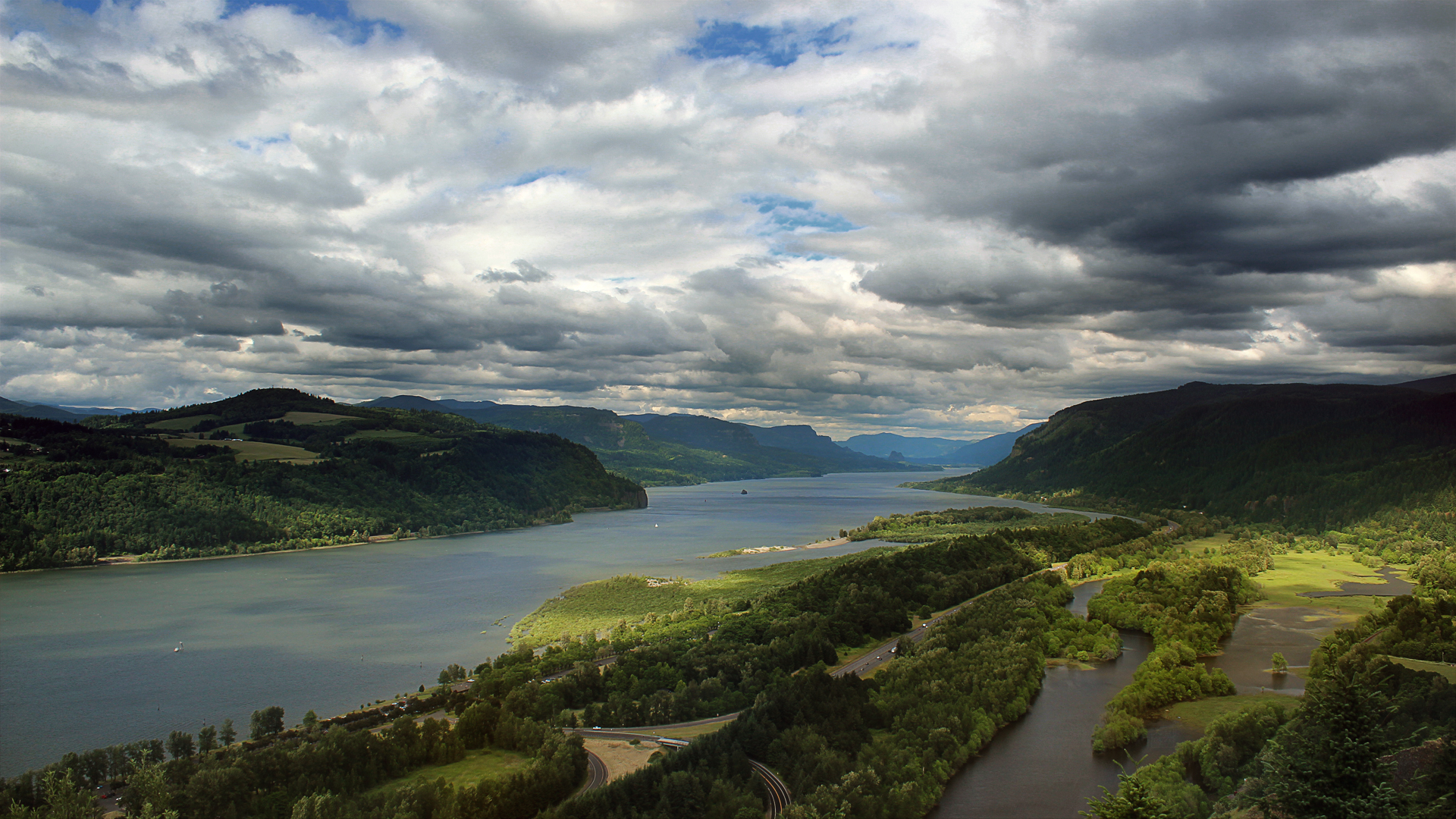 Hood River Valley By Wusk On Deviantart