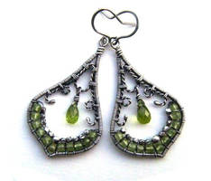 peridot and silver earrings by annie-jewelry