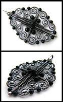 silver onyx pendant by annie-jewelry