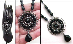 faceted onyx necklace by annie-jewelry