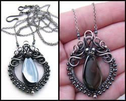 hematite pendant by annie-jewelry