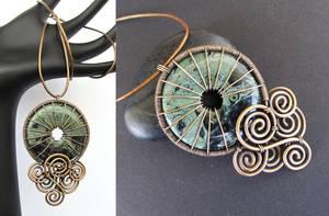 jellyfish necklace by annie-jewelry