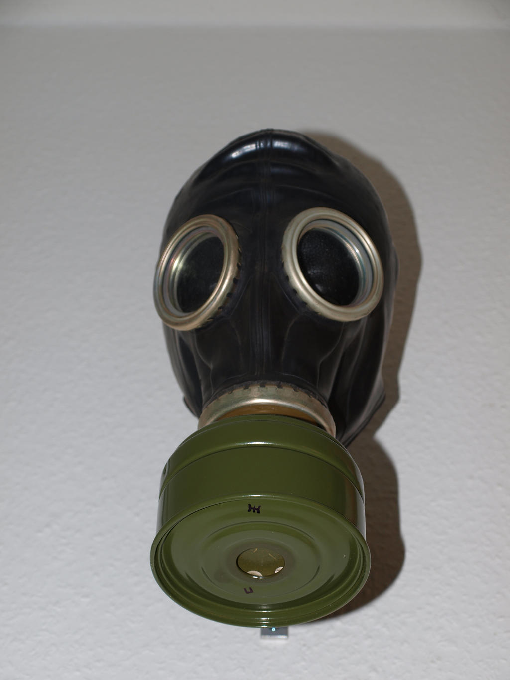 Gas Mask Stock 04 by PsykoHilly