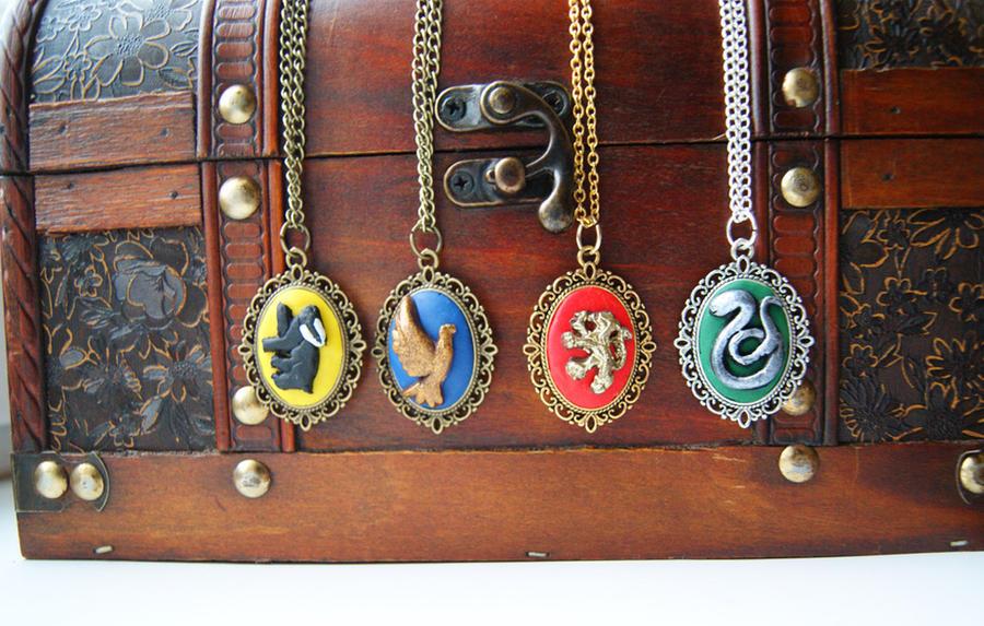 Hogwarts House Necklaces by ButtonxMushroom