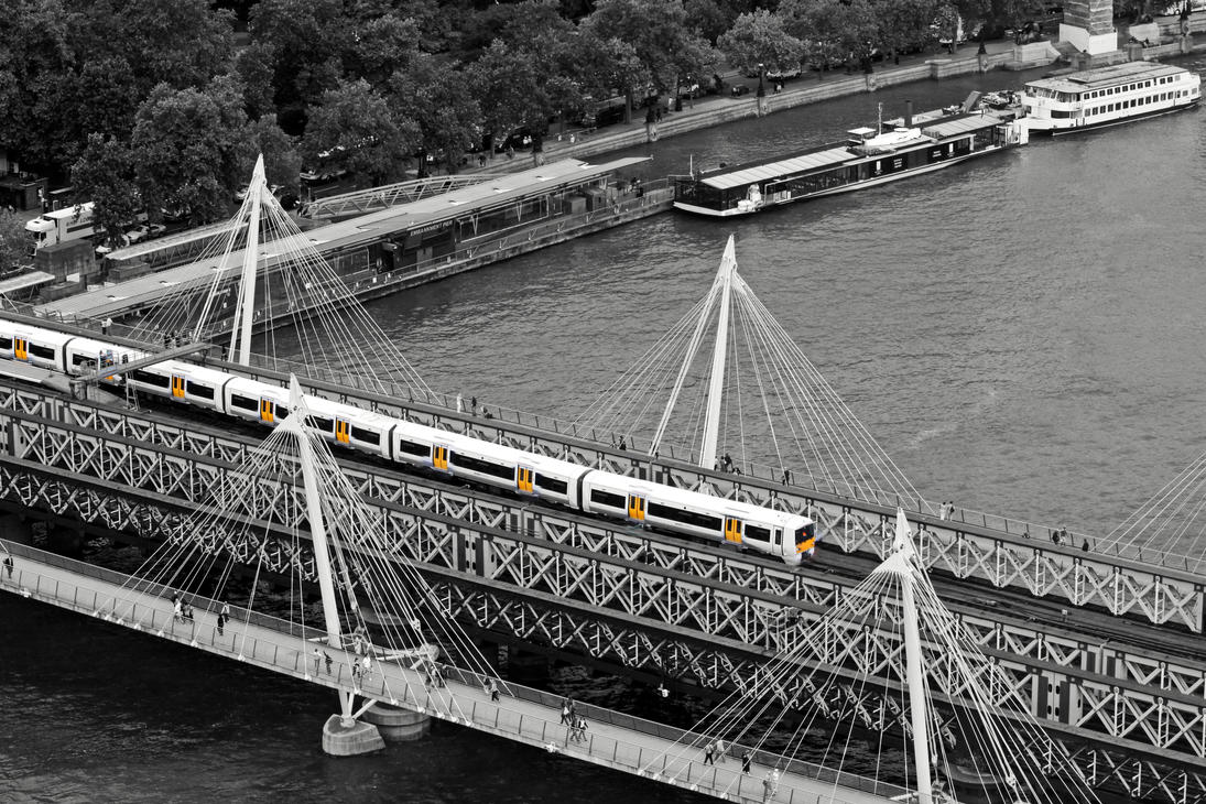 Leaving Charing Cross ( new edit ) by UdoChristmann