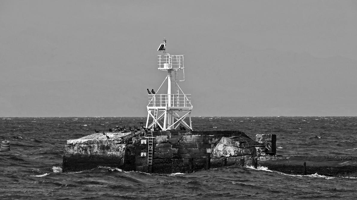 Signal light harbor entrance Ayr Scotland by UdoChristmann