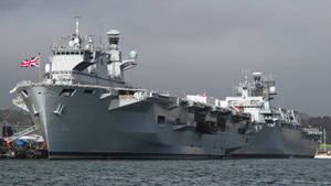 HMS OCEAN ( L12 ) and HMS BULWARK ( L15 )
