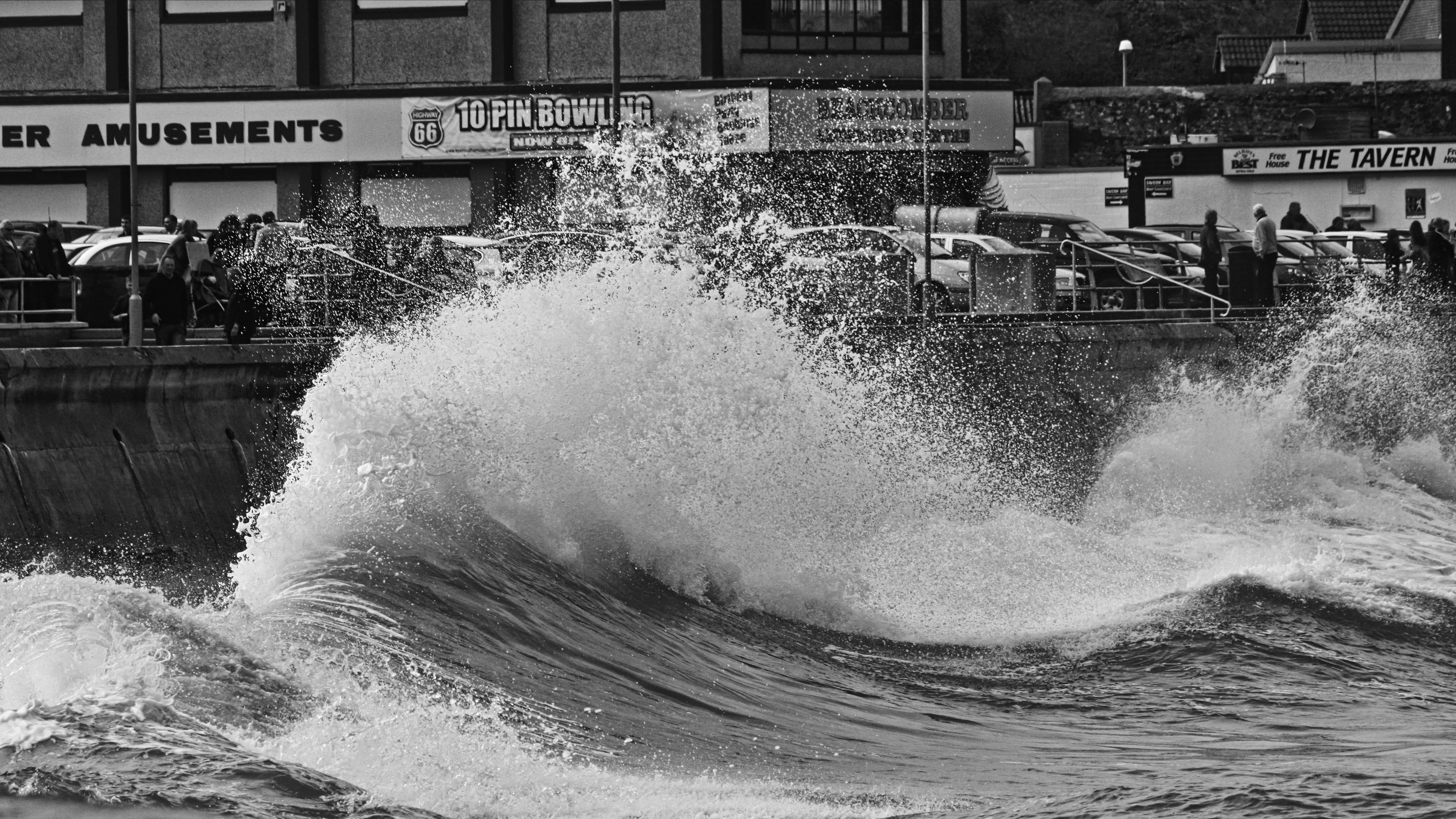 Waves by UdoChristmann