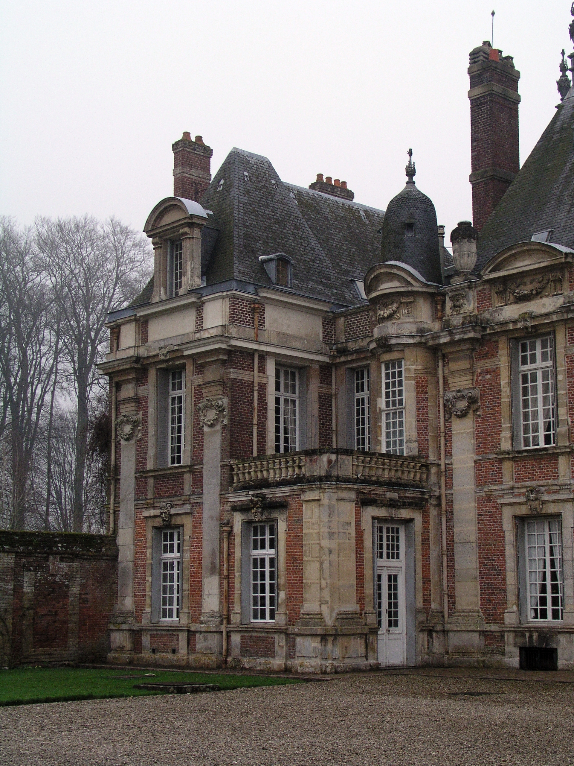 chateau de miromesnil by udochristmann on deviantart. Black Bedroom Furniture Sets. Home Design Ideas