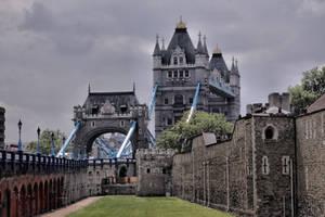 London Tower Bridge by UdoChristmann