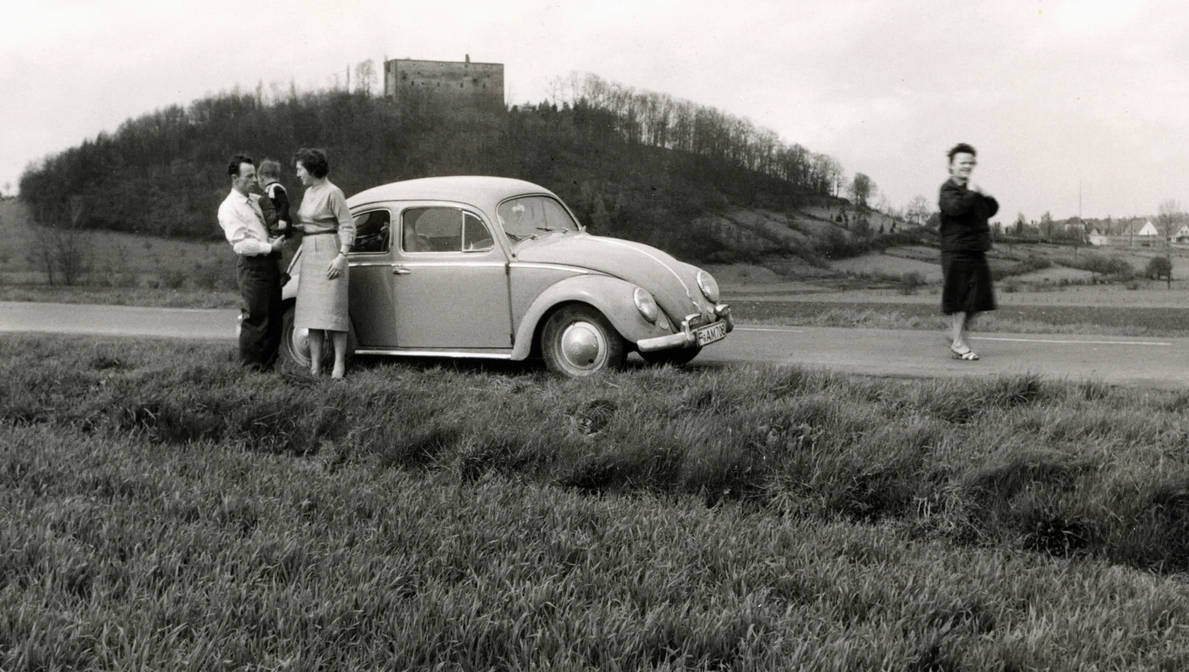 Family trip (Historic picture) by UdoChristmann
