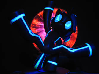 Blacklight DJ Pon-3 with Plasma Ball by InfinityDash