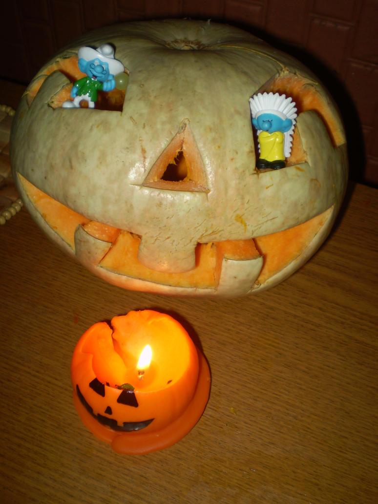 Smurfs in a pumpkin by Hedgehog-Russell