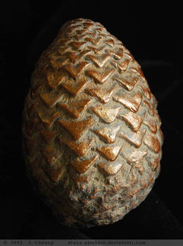 gold Game of Thrones dragon egg