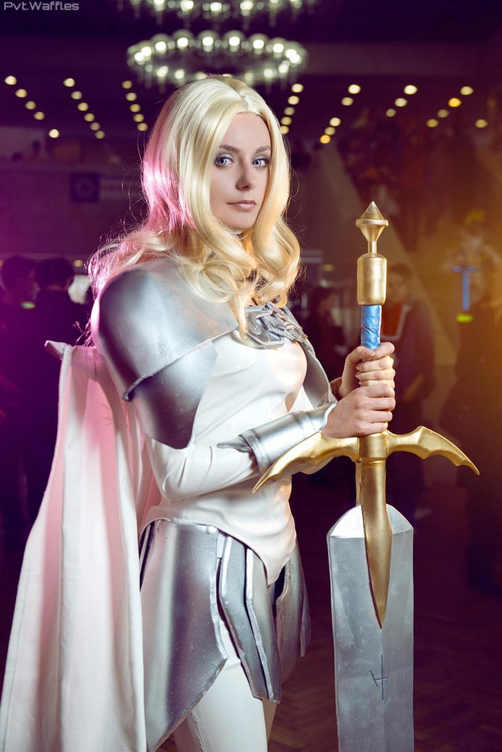 CLAYMORE Teresa by AlienOrihara