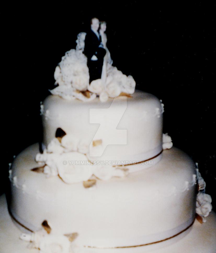 Buy Wedding Cake Supermarket