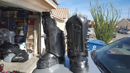 WIP: WH40k Space Marine Chaplain Legs by Bag-of-hammers