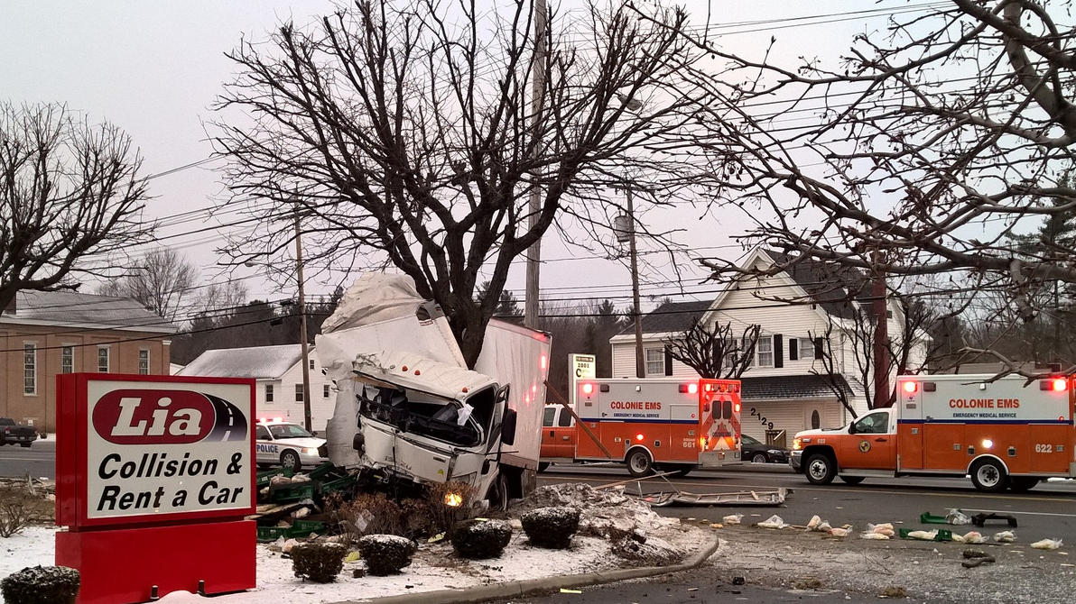 Truck accident - Colonie NY by jackthetab