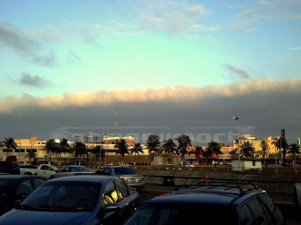 Nube Siniestra m by StrigoiiMort