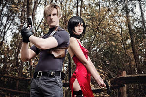 Resident Evil 4 - Leon and Ada Cosplay by Galactic-Reptile