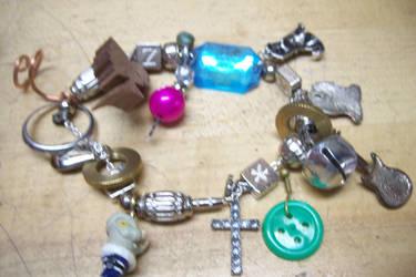 Random Bracelet 2 by MagicalMegumi