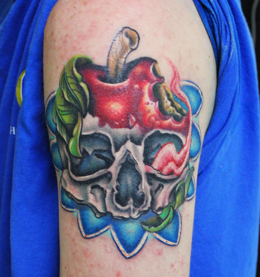 skull apple by sliceman424