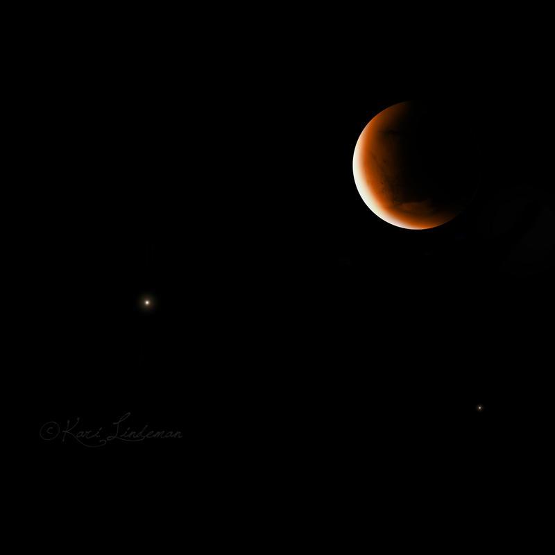Lunar Eclipse HDR by Entophile
