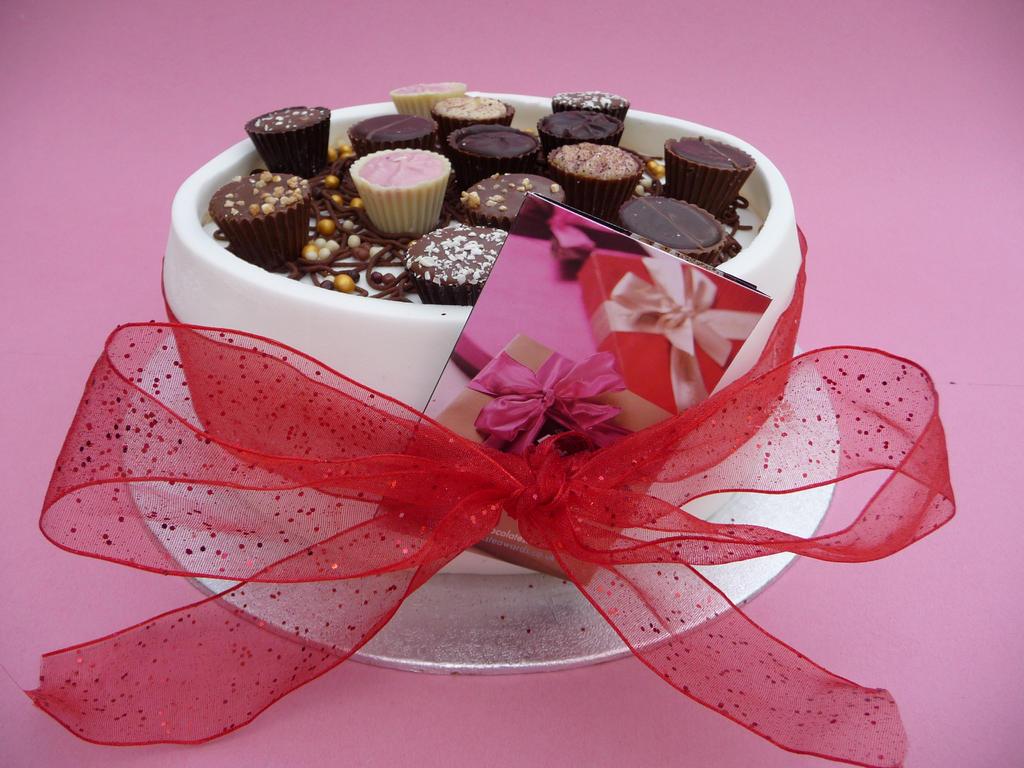 My Mothers Birthday Cake by Mrs Yum Yums on DeviantArt