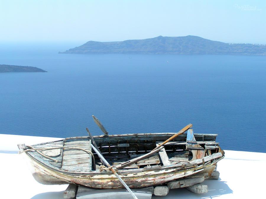 Snapshots - Thira Boat by Papillions