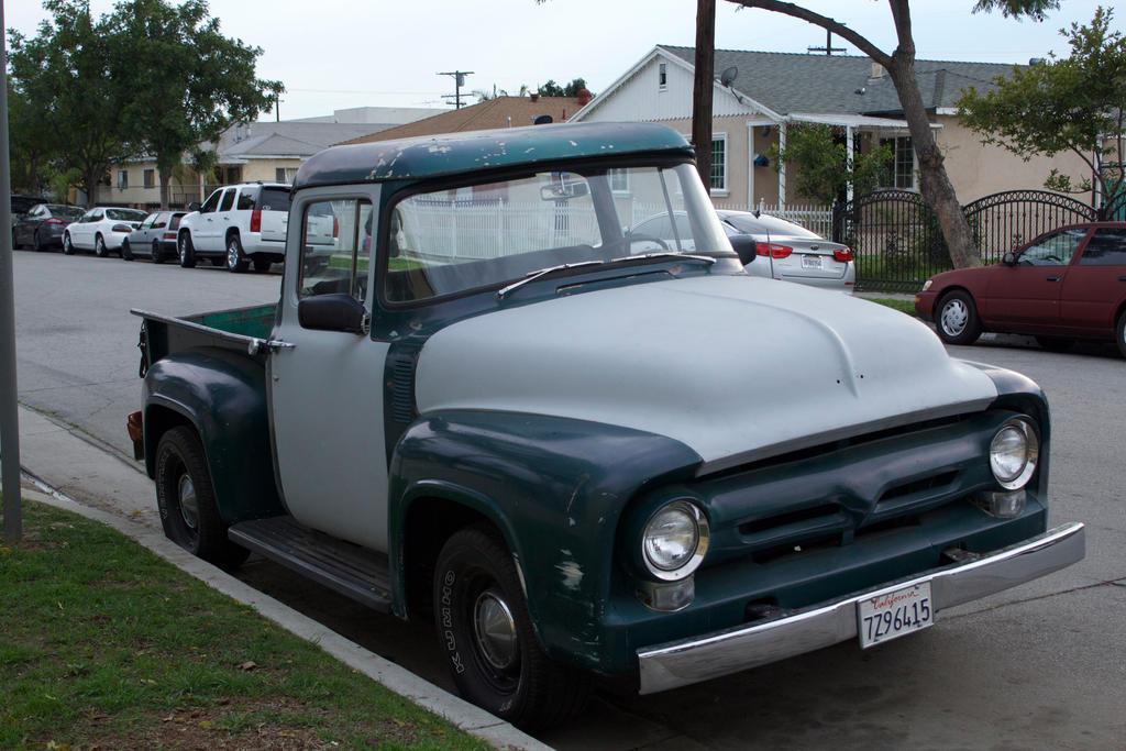 Vintage Truck by yugiohfreakXD