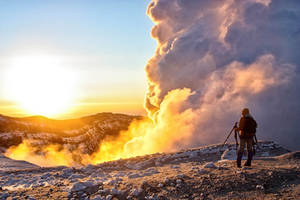 Dawn nor Gorely volcano, Kamchatka by Sirano-s