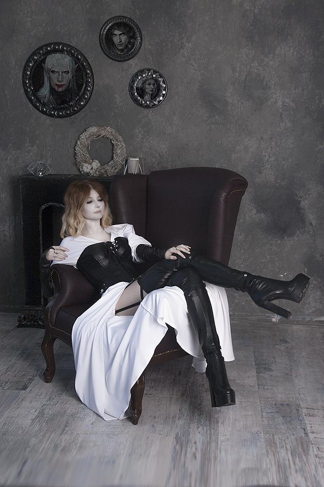 Countess Julianna by CurlyJul