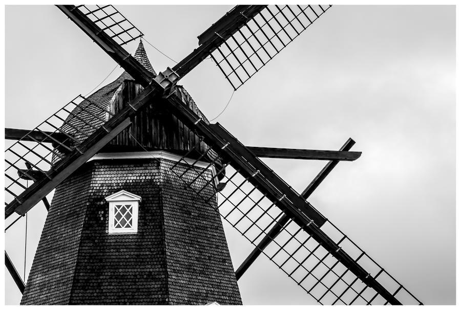 Windmill by MartinSar