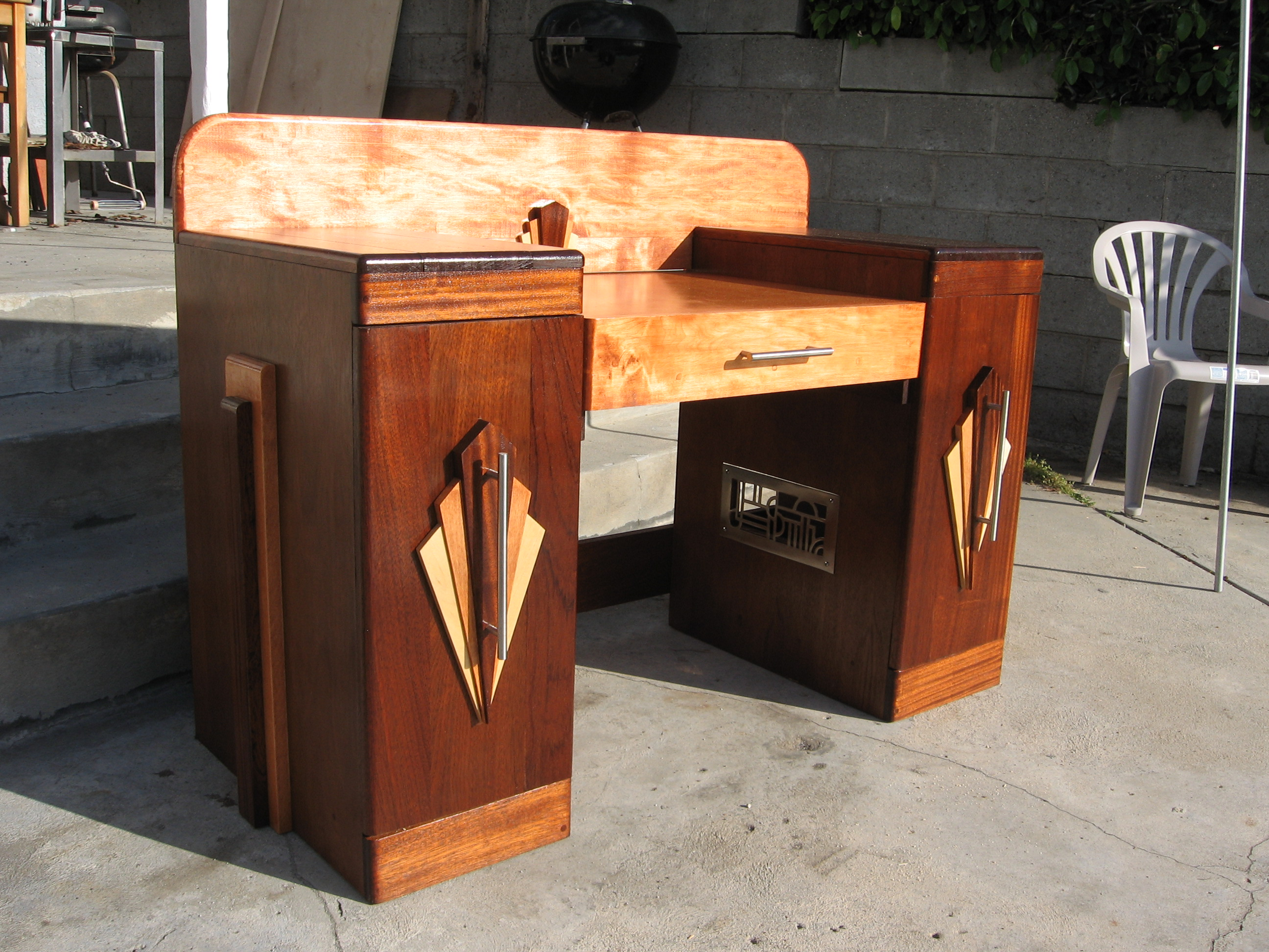Art deco desk by transportphotos on deviantart