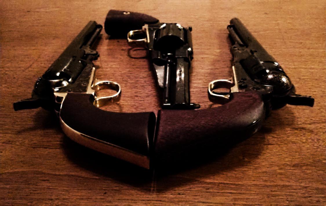 Tre Pistole 1 by decophoto32