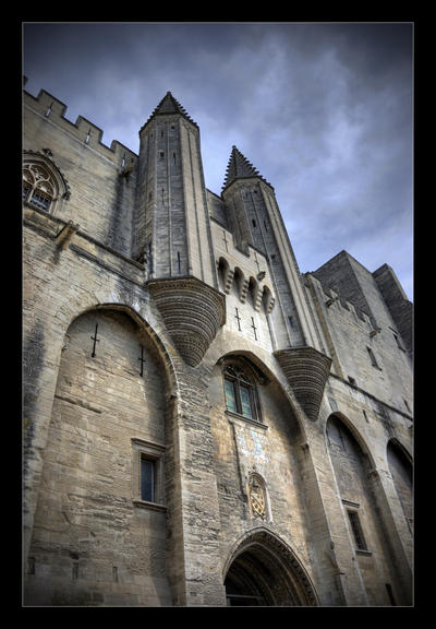 Palais Des Papes HDR by GregColl